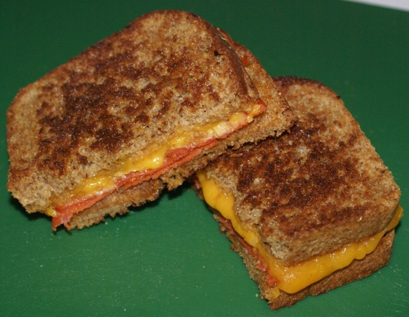 Grilled Chesse with Pepperoni Sandwich